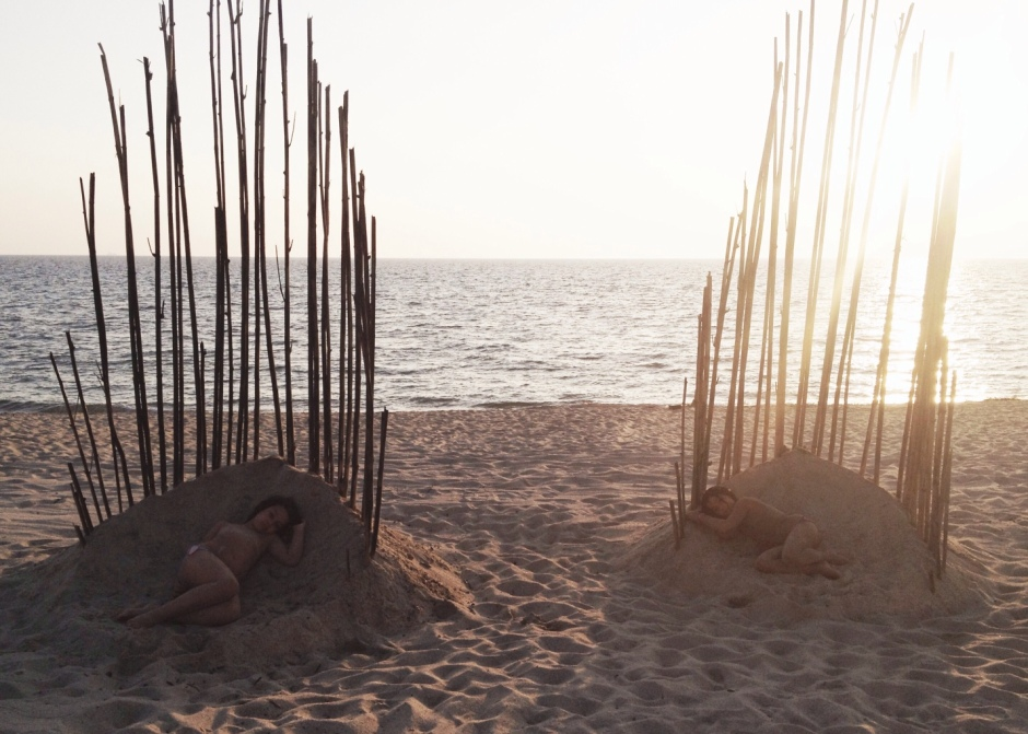 performance artistica le dune blu