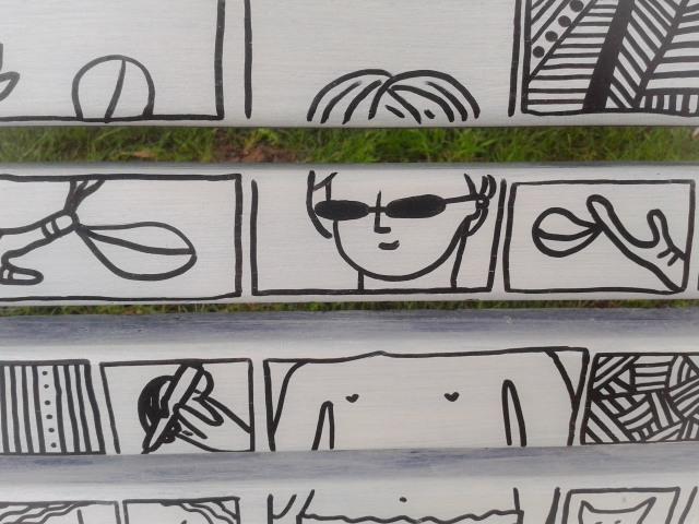 Storie sedute disegni di Giulia Tondelli