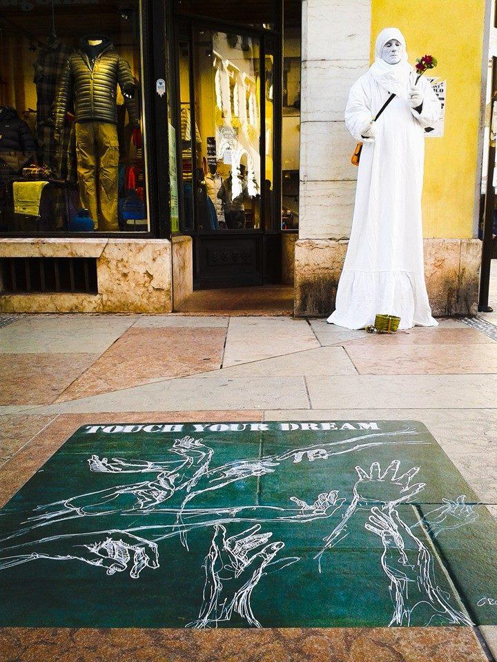 street art sostenibile trento croam tocca il tuo sogno